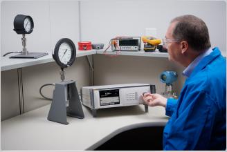 Controlador / Calibrador de Alta Pressão Fluke Calibration 8370A com CPS