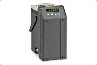 6102/7102/7103 Micro-Bath Thermometer Calibrators